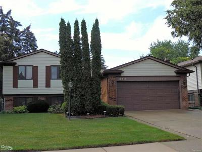 Sterling Heights Single Family Home For Sale: 38725 Bronson