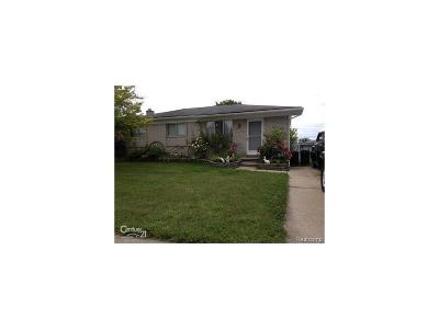 Sterling Heights MI Single Family Home For Sale: $164,900