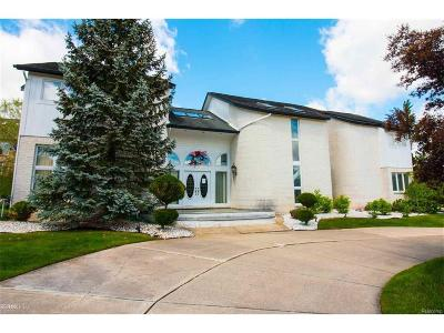 West Bloomfield Single Family Home For Sale