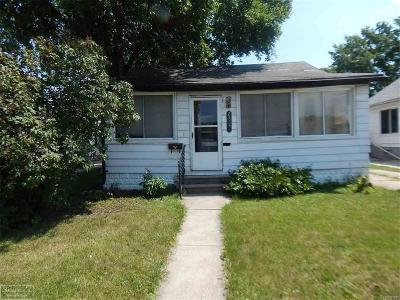 Eastpointe Single Family Home For Sale: 23742 Cushing