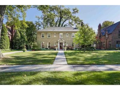 Grosse Pointe Park Single Family Home For Sale: 1336 Berkshire Rd