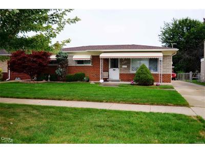 Warren Single Family Home For Sale: 32544 Bunert