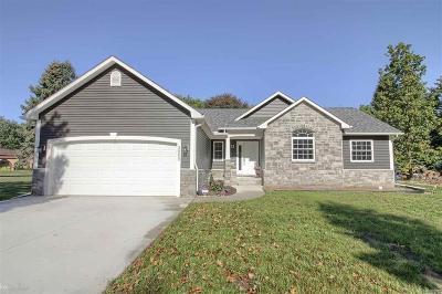 Washington Twp Single Family Home For Sale: 60749 Hayes