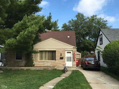 Eastpointe Single Family Home For Sale: 23060 Almond