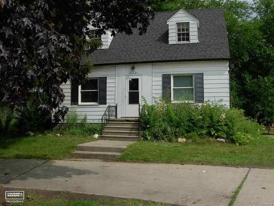 St Clair Shores, Roseville, Clinton Twp, Fraser Single Family Home For Sale: 20781 15 Mile