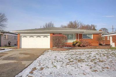 Sterling Heights Single Family Home For Sale: 13731 Heritage