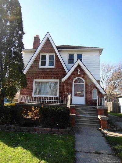 Warren, Eastpointe, Roseville, St Clair Shores Single Family Home For Sale: 22513 Lambrecht