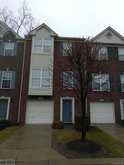 Sterling Heights Condo/Townhouse For Sale: 36267 Dominion Circle