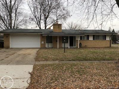 Shelby Twp Single Family Home For Sale: 8627 Walnut Hill