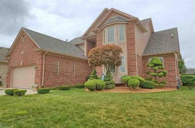 Washington Twp Single Family Home For Sale: 8631 Lillian Dr