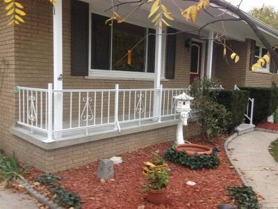 St Clair MI Single Family Home For Sale: $149,900