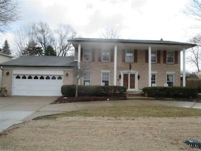 Clinton Twp Single Family Home For Sale: 38434 Santa Anna