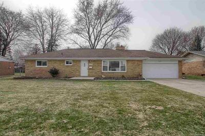 Shelby Twp, Utica, Sterling Heights Single Family Home For Sale: 45501 Sterritt St