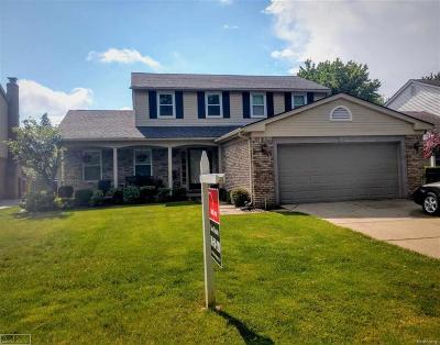 Macomb Twp Single Family Home For Sale: 47551 Valley Forge