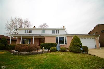 St Clair Shores, Roseville, Fraser, Harrison Twp Single Family Home For Sale: 41393 Gloca Mora