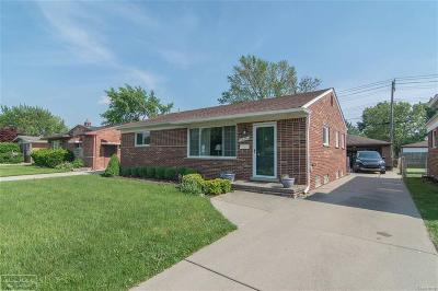 Westland Single Family Home For Sale: 32455 Joy