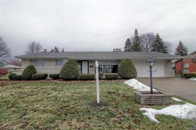 Warren Single Family Home For Sale: 11555 Colpaert Dr