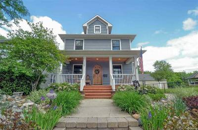 Rochester Single Family Home For Sale: 727 Ludlow
