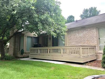 Clinton Twp Condo/Townhouse For Sale: 43068 W Kirkwood