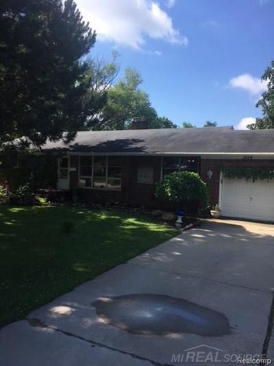 Romeo Vlg, Bruce Twp, Washington Twp Single Family Home For Sale: 7524 Smale