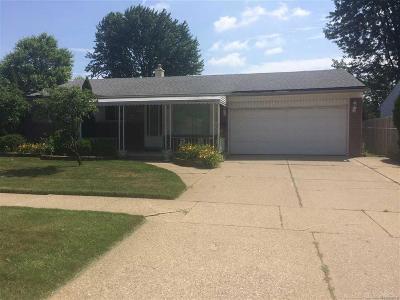Fraser Single Family Home For Sale: 33254 Fraser Ave