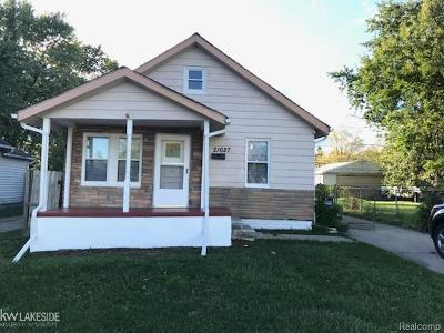 Warren Single Family Home For Sale: 21027 Gentner