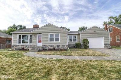 Fraser Single Family Home For Sale: 16846 Park Lane