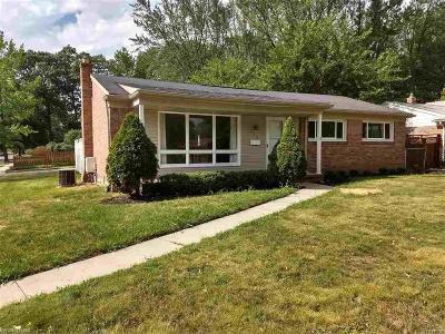 Royal Oak Single Family Home For Sale: 603 W Thirteen Mile Road