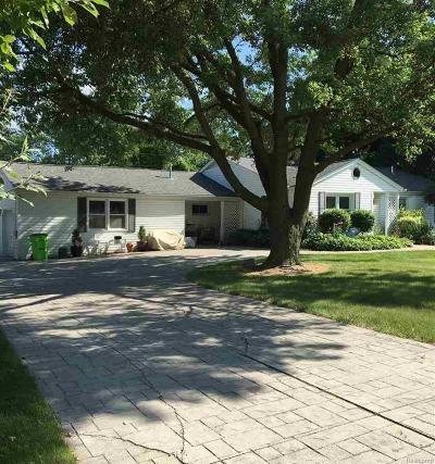 Bruce Twp Single Family Home For Sale: 8611 32 Mile Rd