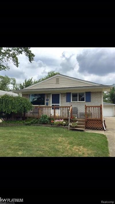 Berkley Single Family Home For Sale: 1245 Catalpa Drive