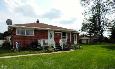Shelby Twp, Utica, Sterling Heights Single Family Home For Sale: 3816 Pokley