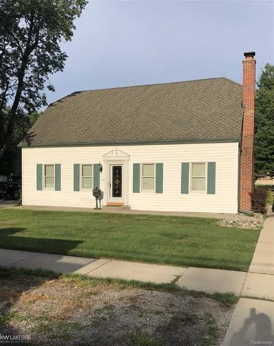 St Clair Shores, Roseville, Harrison Twp, Fraser Single Family Home For Sale: 31425 York St