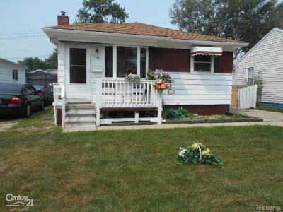 St Clair Shores, Roseville, Fraser, Clinton Twp, Harrison Twp Single Family Home For Sale: 27841 Kaufman St