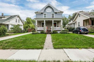 Royal Oak Single Family Home For Sale: 325 W Parent Ave