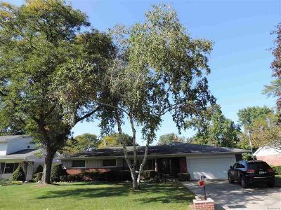 Clinton Twp Single Family Home For Sale: 35235 Rhoades