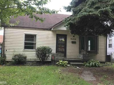Warren Single Family Home For Sale: 11312 Rivard