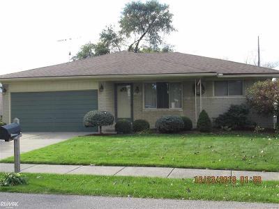 Fraser Single Family Home For Sale: 31089 Richert