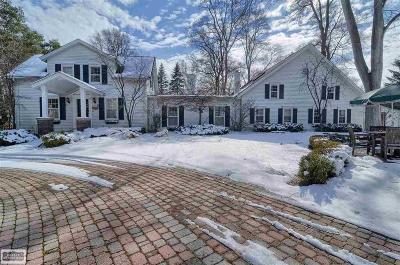 Rochester Single Family Home For Sale: 147 North Lane
