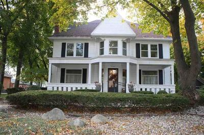 Macomb County Single Family Home For Sale: 45633 Cass