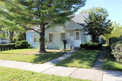 Eastpointe Single Family Home For Sale: 23007 Rosalind