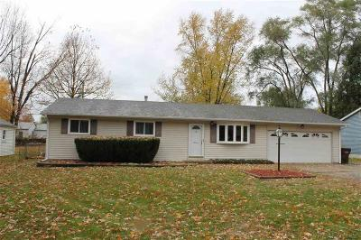 Shelby Twp Single Family Home For Sale: 45625 Wakefield