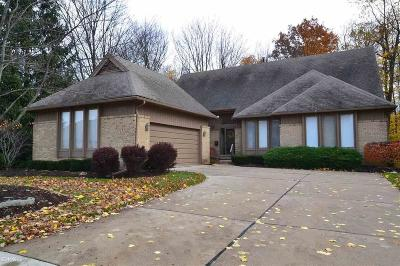 Farmington Hills Condo/Townhouse For Sale: 28748 Hidden Trails