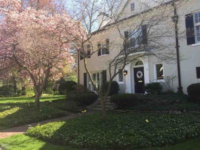 Grosse Pointe Single Family Home For Sale: 35 McKinley Pl