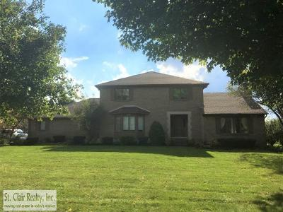 Novi Single Family Home For Sale: 41223 Coventry