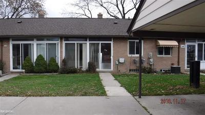 Sterling Heights Condo/Townhouse For Sale: 8401 18 Mile Rd. #247