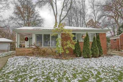 Royal Oak Single Family Home For Sale: 3069 Sylvan Dr.