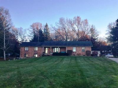 Bruce Twp Single Family Home For Sale: 11100 33 Mile Rd.