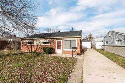 Warren, Eastpointe, Roseville, St Clair Shores, Clinton Township, Harrison Twp Single Family Home For Sale: 26568 Barnes St