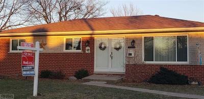 Warren Single Family Home For Sale: 31628 Edwood