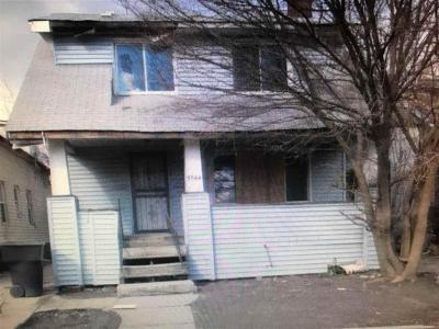 Detroit Single Family Home For Sale: 5544 Ivanhoe